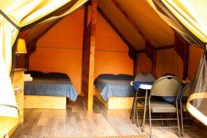ferme5etoiles-pret-a-camper-02